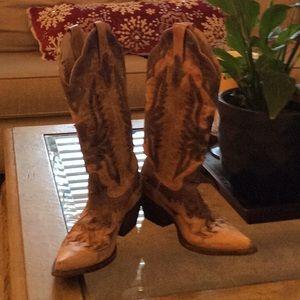 Steve Madden Larredo cowboy boots. Sz 6.5